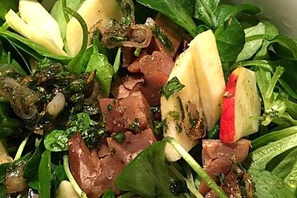 Postelein-Salat mit Äpfeln und Maronen