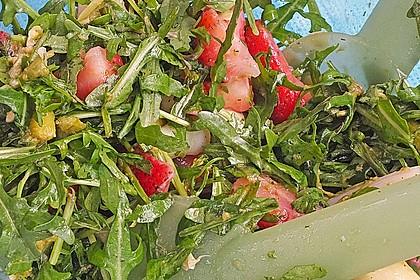 Grüner Spargel mit Erdbeeren, Rucola und Fruchtdressing 16