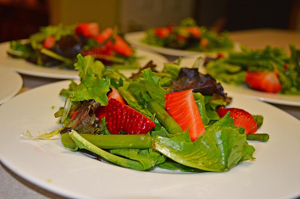 spargel rucola salat mit erdbeeren an orangensauce rezepte suchen. Black Bedroom Furniture Sets. Home Design Ideas
