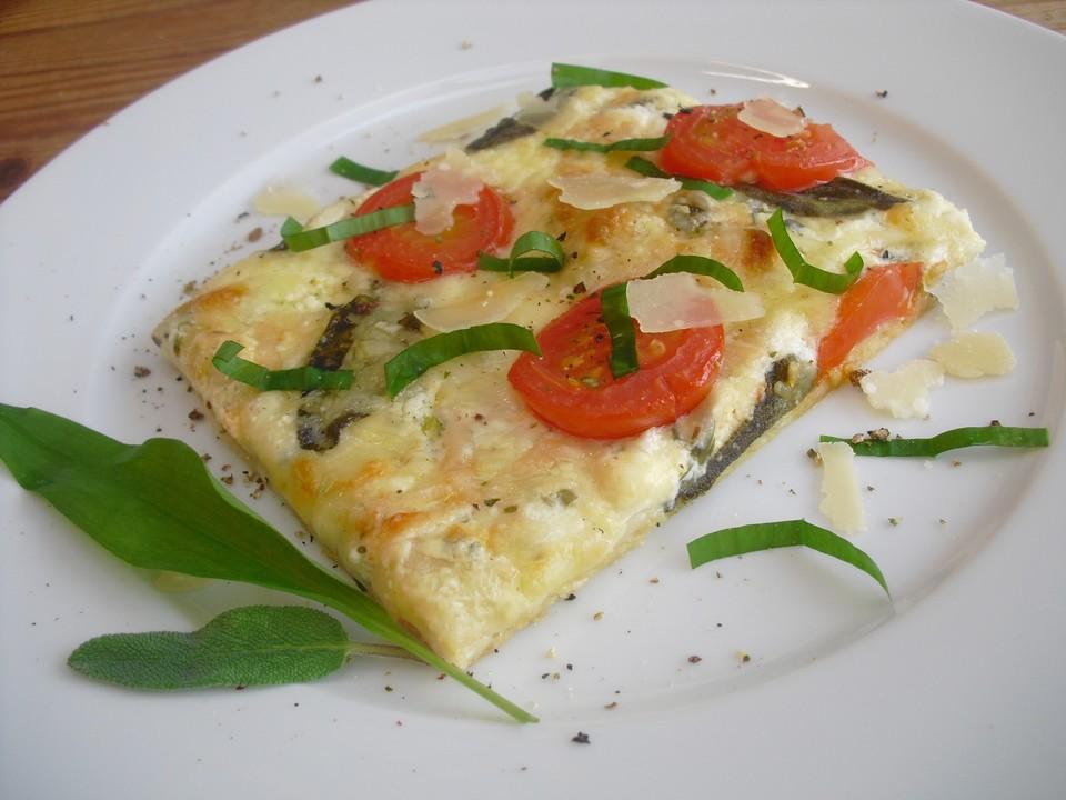 pizza mit mozzarella salbei b rlauch und tomaten von badegast1. Black Bedroom Furniture Sets. Home Design Ideas