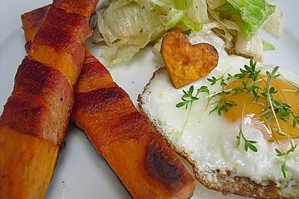 Süßkartoffeln mit Bacon und Eiern