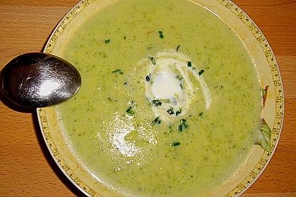 cremige kartoffel brokkoli suppe rezept mit bild. Black Bedroom Furniture Sets. Home Design Ideas