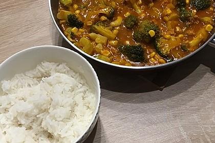 Brokkoli-Curry mit Kokos und Cashewkernen 1