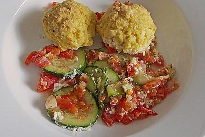 Überbackene Tofubällchen auf Gemüsebett 1