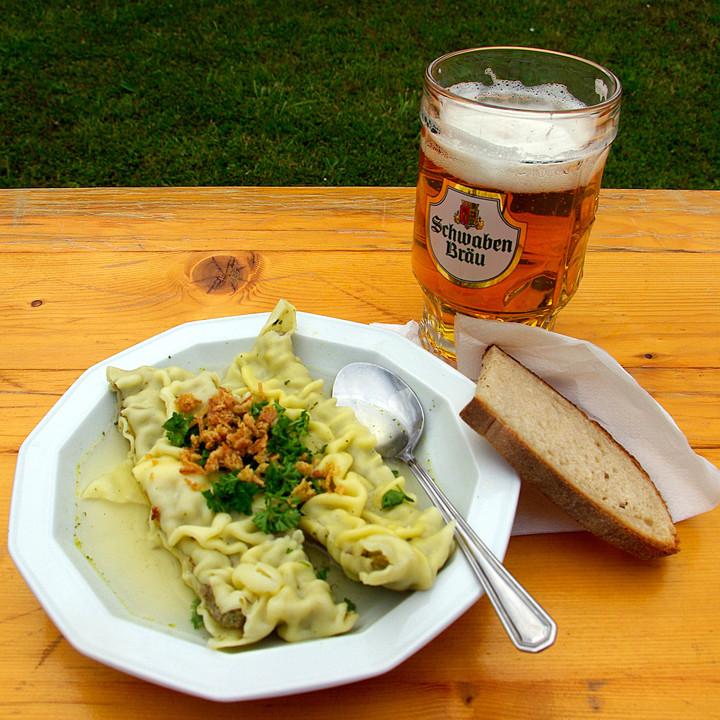 Schnelle Blechkuchen Rezepte Mit Bild: Schnelle Maultaschensuppe Mit Selbst Gemachten Riwwele Von