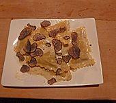 Nudeln (Capellini) in Trüffel - Sahne - Sauce (Bild)
