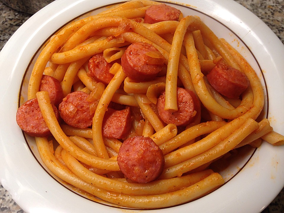 deftige spaghetti mit mettwurst von mertinis. Black Bedroom Furniture Sets. Home Design Ideas