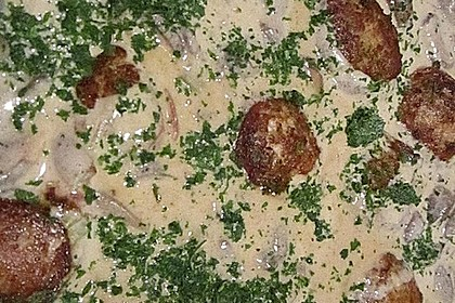 Rehfleisch - Buletten in Pilzsauce