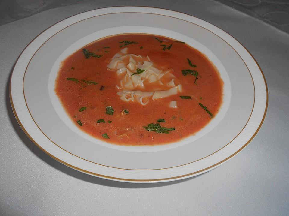 tomatensuppe mit nudeln nach oma josi von hexenküche01