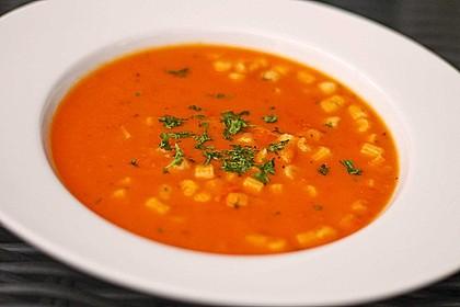 Tomatensuppe mit Nudeln nach Oma Josi 3
