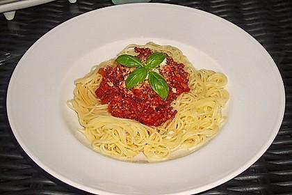 Spaghetti mit feiner Hackfleischsauce 2