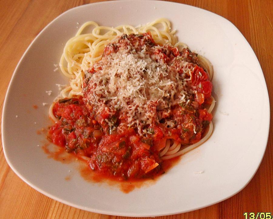 spaghetti mit giersch tomatensauce rezept mit bild. Black Bedroom Furniture Sets. Home Design Ideas