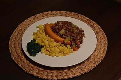 Schwäbische Linsen mit Spätzle und Saitenwürstchen 3
