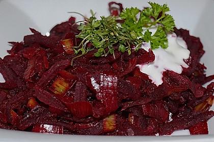 Rote Bete-Gemüse mit Meerrettich und Lauch