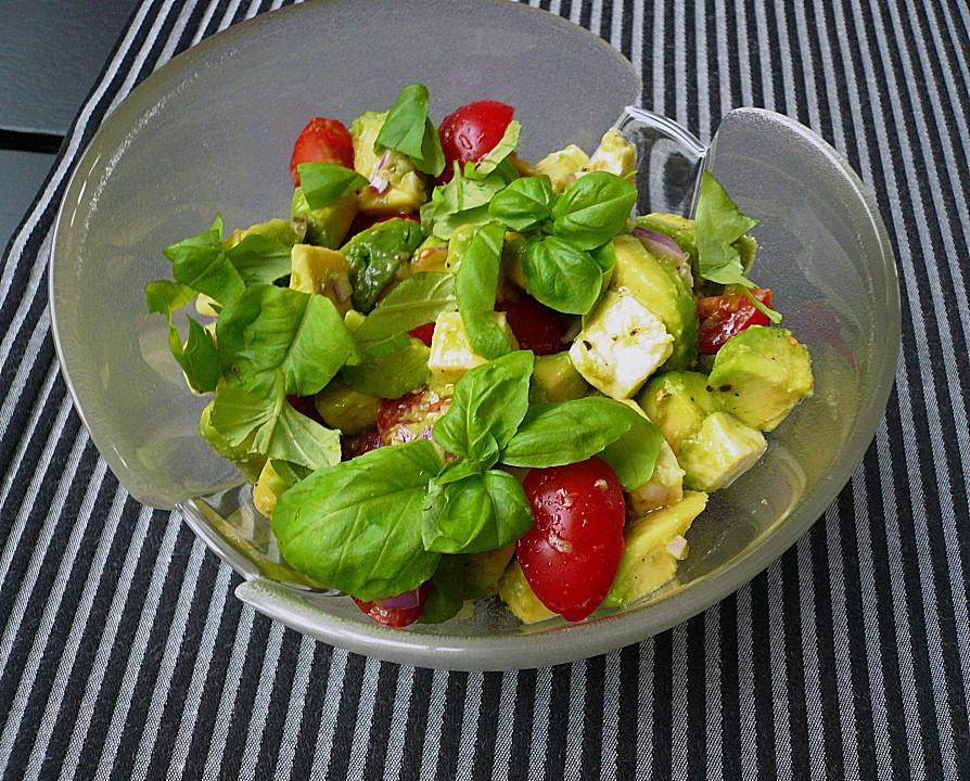 tomate mozzarella avocado salat rezept mit bild. Black Bedroom Furniture Sets. Home Design Ideas