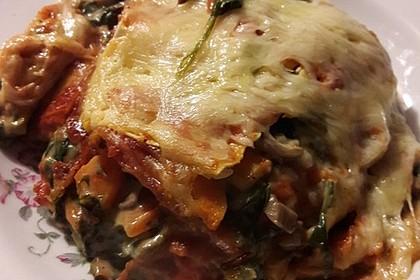 Vegetarische Spinat-Gemüse Lasagne mit Tomatensoße 6