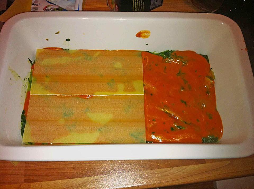 vegetarische spinat gem se lasagne mit tomatenso e rezept mit bild. Black Bedroom Furniture Sets. Home Design Ideas