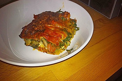 Vegetarische Spinat-Gemüse Lasagne mit Tomatensoße 4