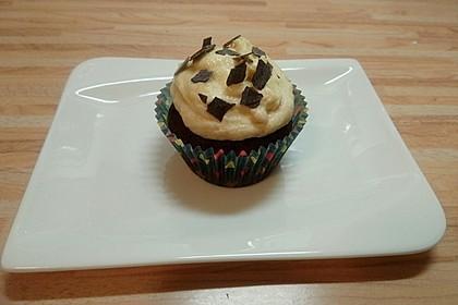 Vegane Schoko-Erdnussbutter-Cupcakes 4