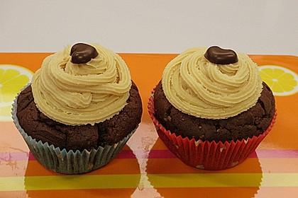 Vegane Schoko-Erdnussbutter-Cupcakes 9