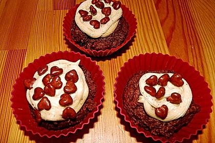 Vegane Schoko-Erdnussbutter-Cupcakes 12