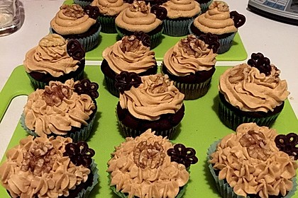 Vegane Schoko-Erdnussbutter-Cupcakes 3