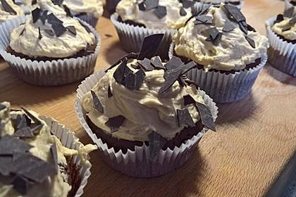 Vegane Schoko-Erdnussbutter-Cupcakes 8