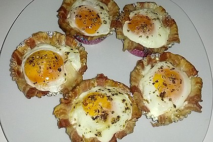 Bacon and Egg Muffins 25