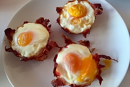 Bacon and Egg Muffins 32