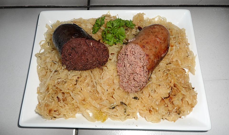 https://static.chefkoch-cdn.de/ck.de/rezepte/212/212174/871235-960x720-sauerkraut-mit-blut-und-leberwurst.jpg