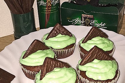 Schoko-Mint Cupcakes mit After-Eight Frosting 2
