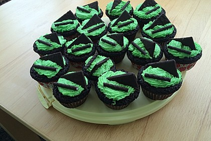 Schoko-Mint Cupcakes mit After-Eight Frosting 4