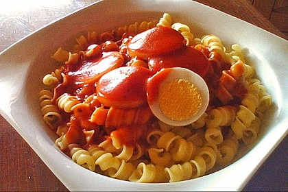 Eier in milder Tomatensoße