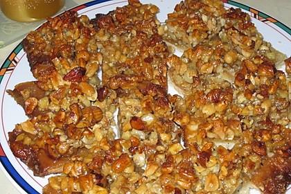 Nussriegel mit Nussmischung, Mandeln und Honig 1