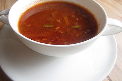 Gulaschsuppe ohne Kohlenhydrate 11