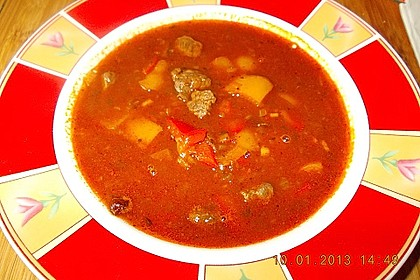 Gulaschsuppe ohne Kohlenhydrate 9