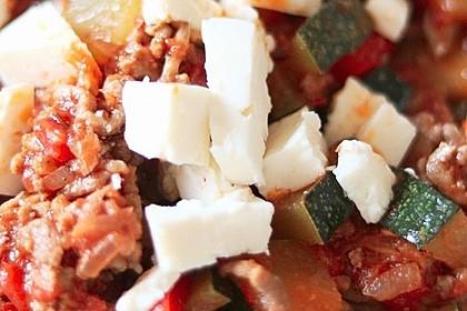 Zucchini-Hackfleischpfanne mit Feta 6