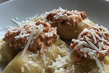 Ravioli, gefüllt mit Ricotta und Ziegenfrischkäse 14