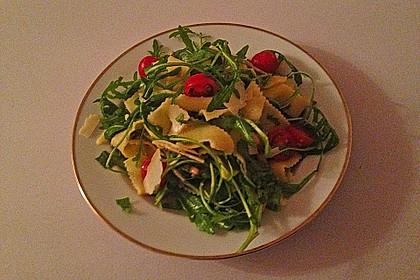 Bandnudel-Rucola-Salat 1