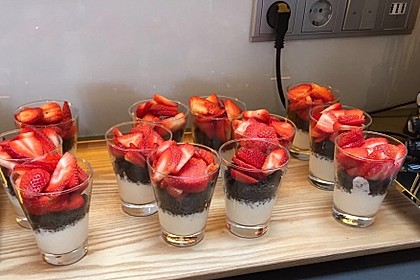 Erdbeer-Kokos-Dessert 18