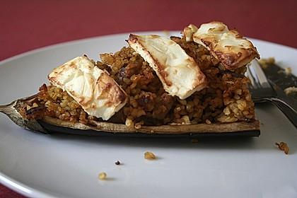 Auberginen gefüllt mit orientalischem Couscous