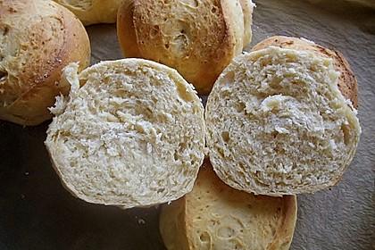 Macadamia-Röstzwiebel Brötchen 5