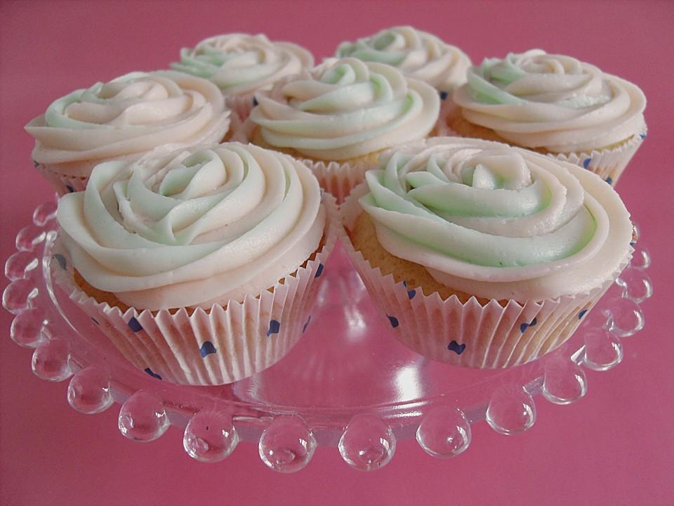 rosen cupcakes rezept mit bild von unknown 2c5b2dcdb0ff214e848c522e. Black Bedroom Furniture Sets. Home Design Ideas