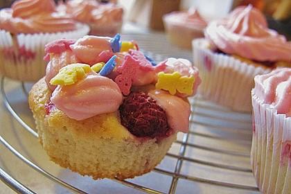 Himbeer-Joghurt-Cupcakes mit Himbeer-Frosting 16