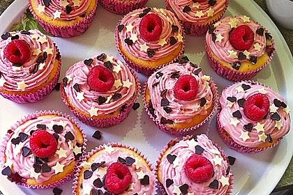 Himbeer-Joghurt-Cupcakes mit Himbeer-Frosting 1