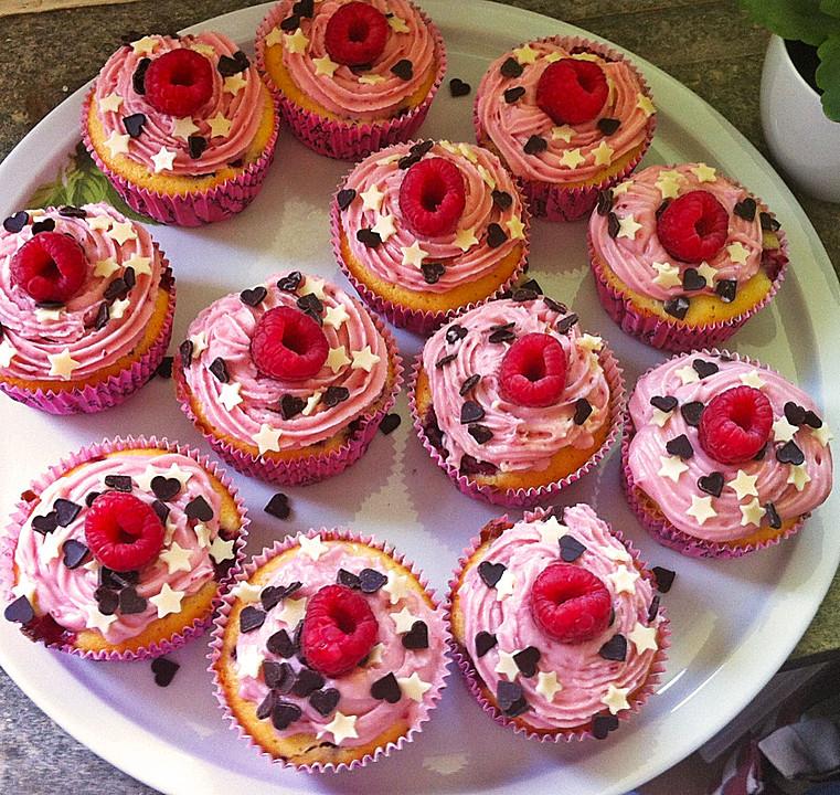 himbeer joghurt cupcakes mit himbeer frosting von ajaj logicstiks. Black Bedroom Furniture Sets. Home Design Ideas