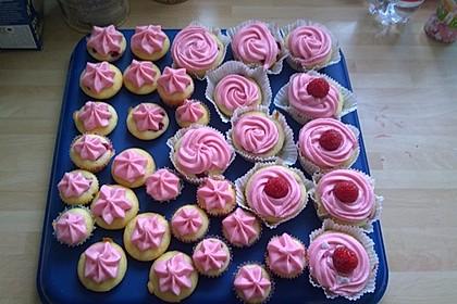 Himbeer-Joghurt-Cupcakes mit Himbeer-Frosting
