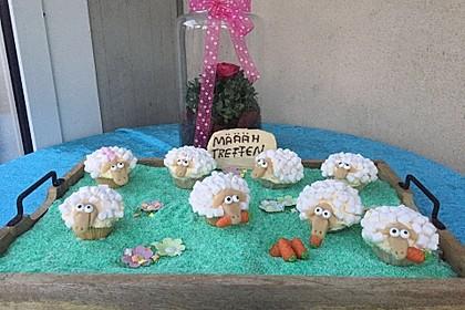 Cupcake-Schafe mit Marshmallow-Frosting 33