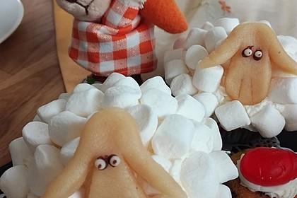 Cupcake-Schafe mit Marshmallow-Frosting 210