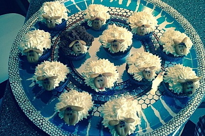 Cupcake-Schafe mit Marshmallow-Frosting 127